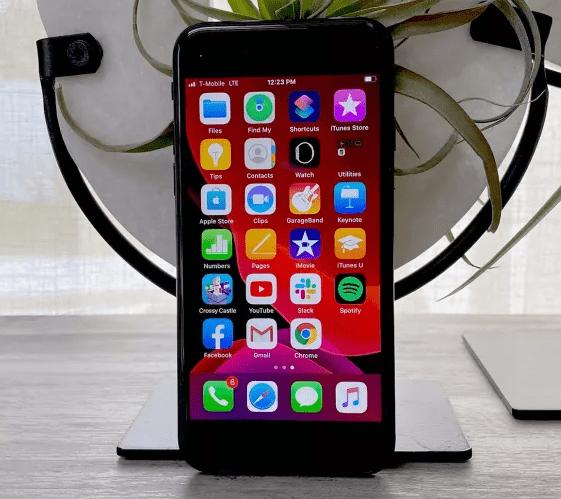 بهترین گوشی های ارزان قیمت - iPhone SE
